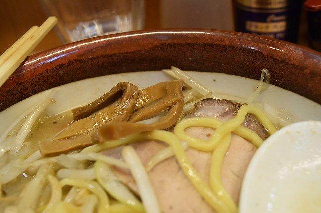 荻窪「味噌っ子 ふっく」味噌らーめんのメンマ