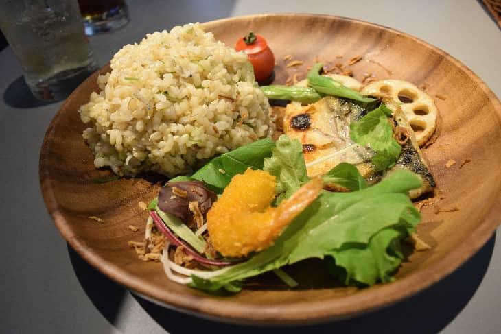 KARADA食堂「日替わりワンプレート」