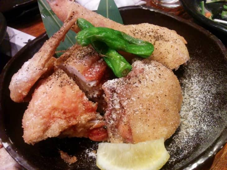 神鶏(しんけい)荻窪本店 手羽先半身揚げ