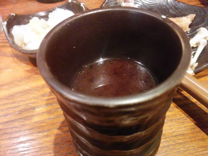 神鶏(しんけい)荻窪本店 お通しの味噌汁
